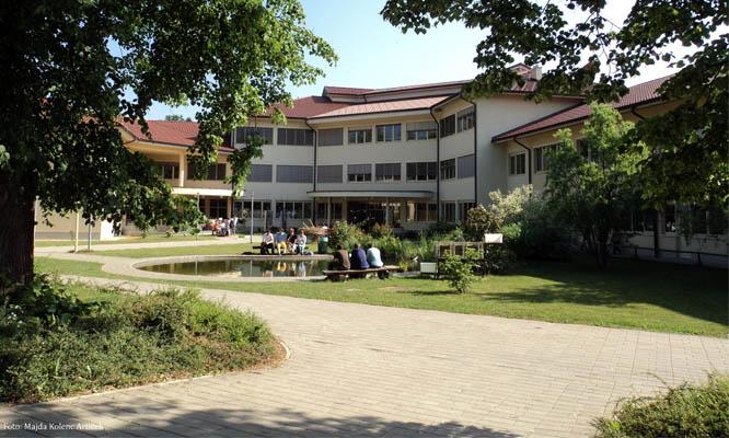 Biotehniški center Naklo